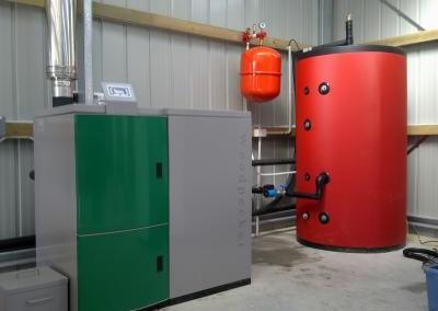Pellet Boiler + 800 liter buffer tank
